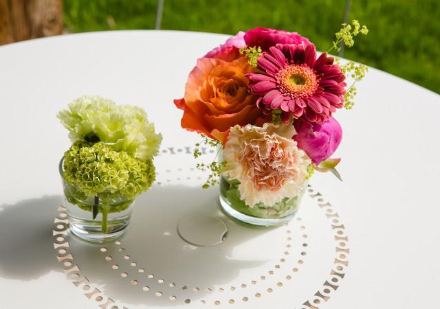 Jak udekorować letni stół?