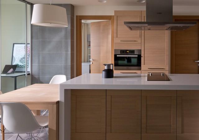 Blat do kuchni: granitowy czy z konglomeratu?